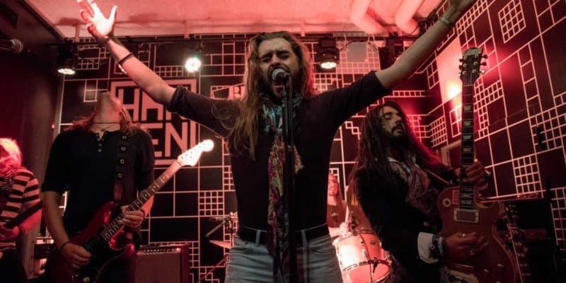 4 danske rockbands giver Hamborg en lektion i højoktan Rock N' Roll med attitude